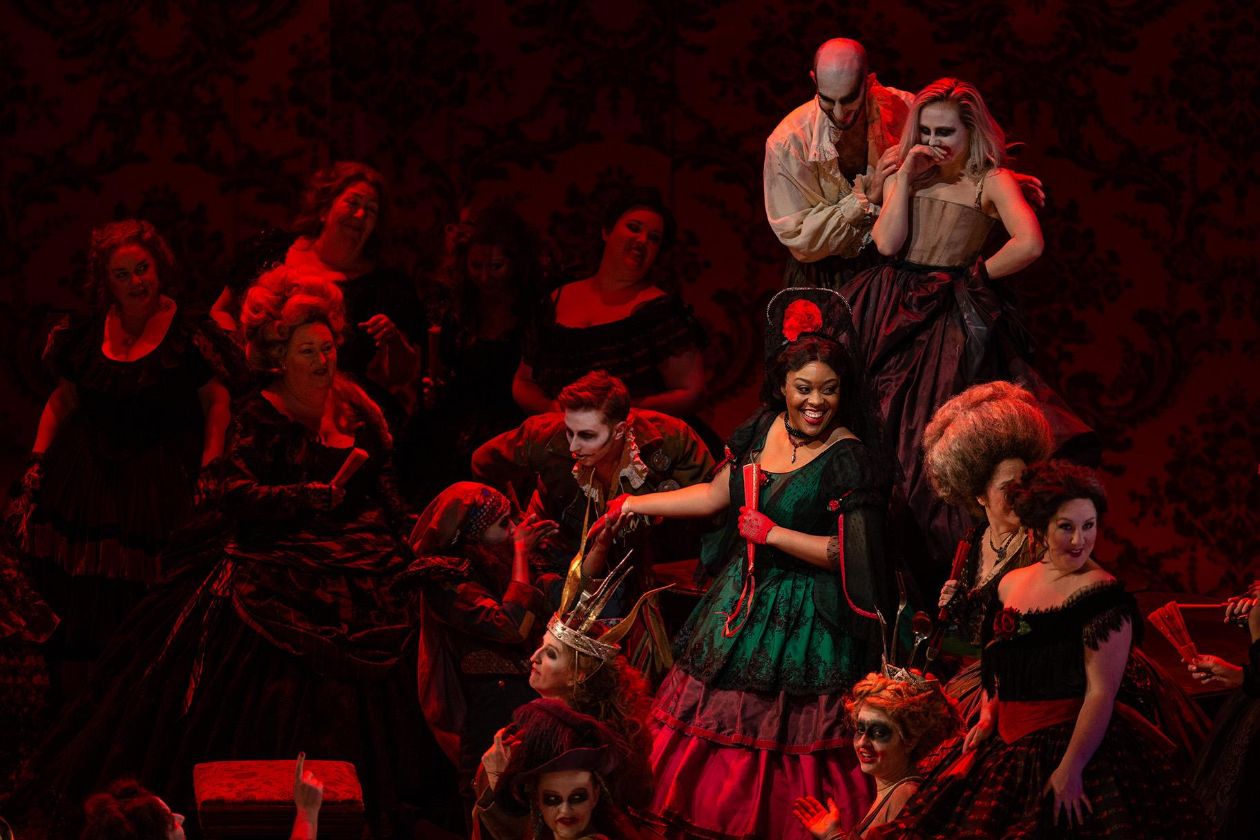 "Zoie Reams in ""La Traviata"" (Credit: Lyric Opera of Chicago)"