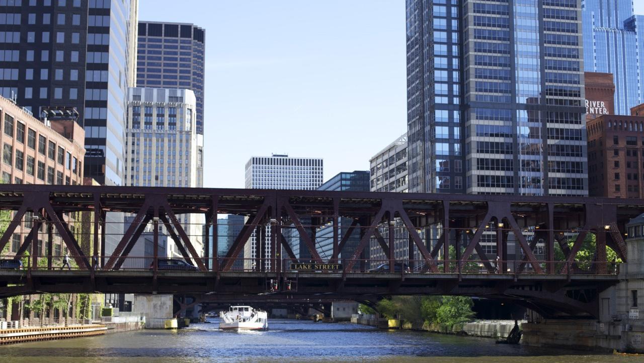 The Chicago Architecture Foundation River Cruise Kicks Off Season Saturday