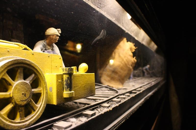 Detail of the Museum of Science and Industry's coal mine exhibit. (Chloe Riley)