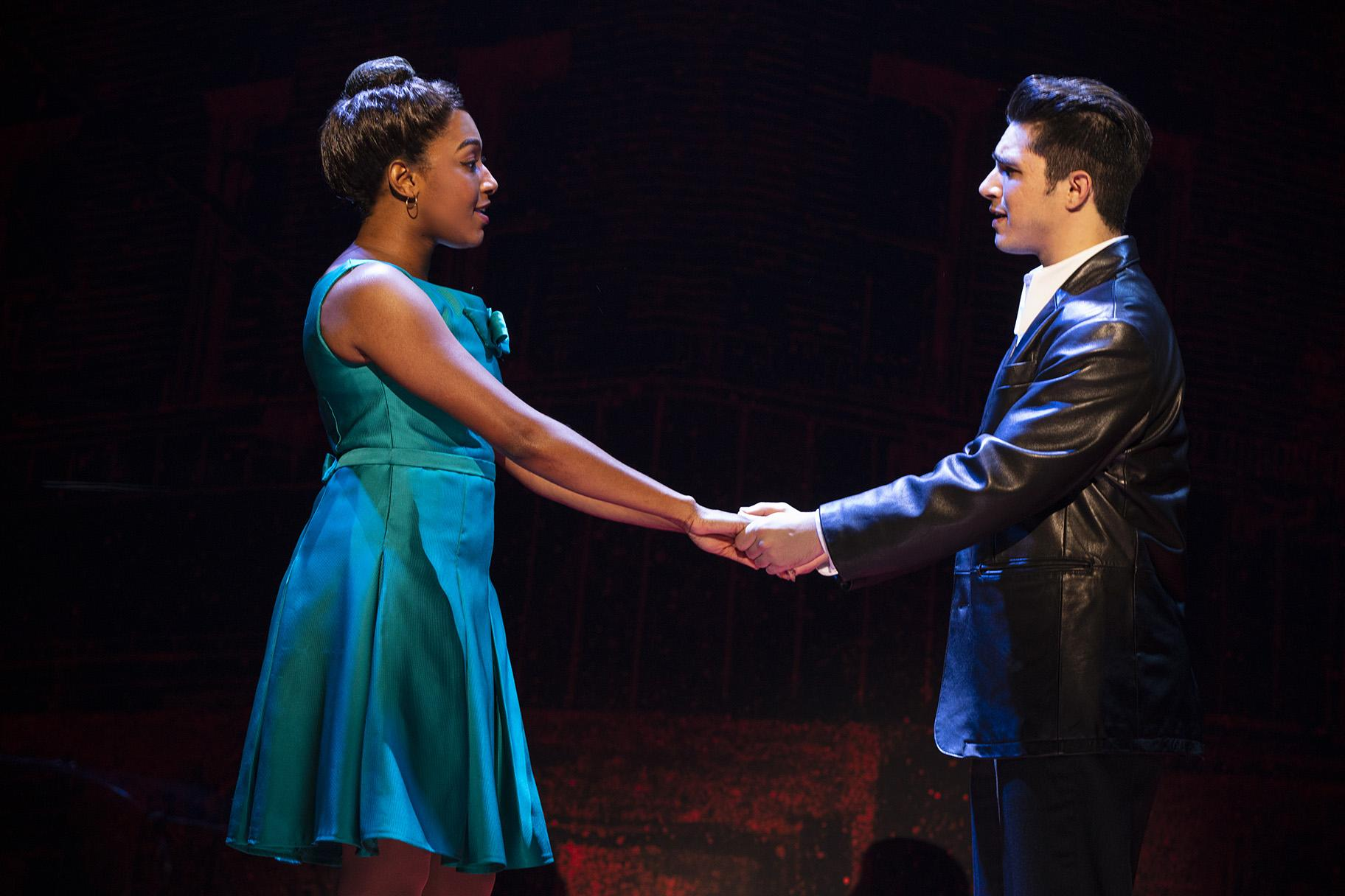 Brianna-Marie Bell and Joey Barreiro (Photo: Joan Marcus)