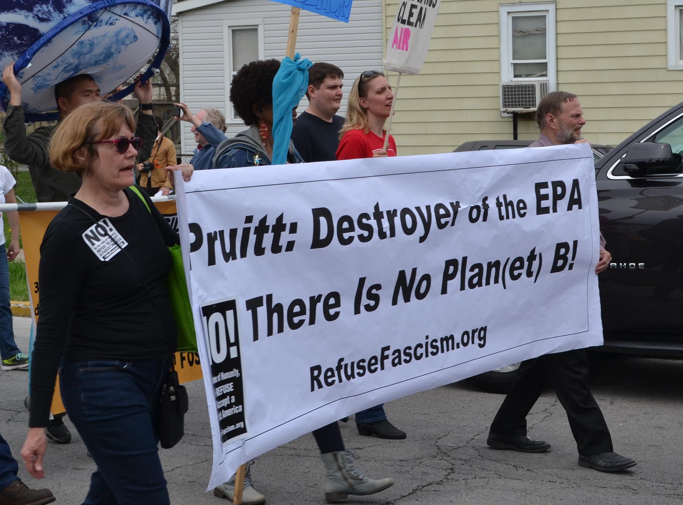 East Chicago residents and activists protest EPA head Scott Pruitt's visit April 19 to the city's lead-contaminated neighborhoods. (Alex Ruppenthal / Chicago Tonight)