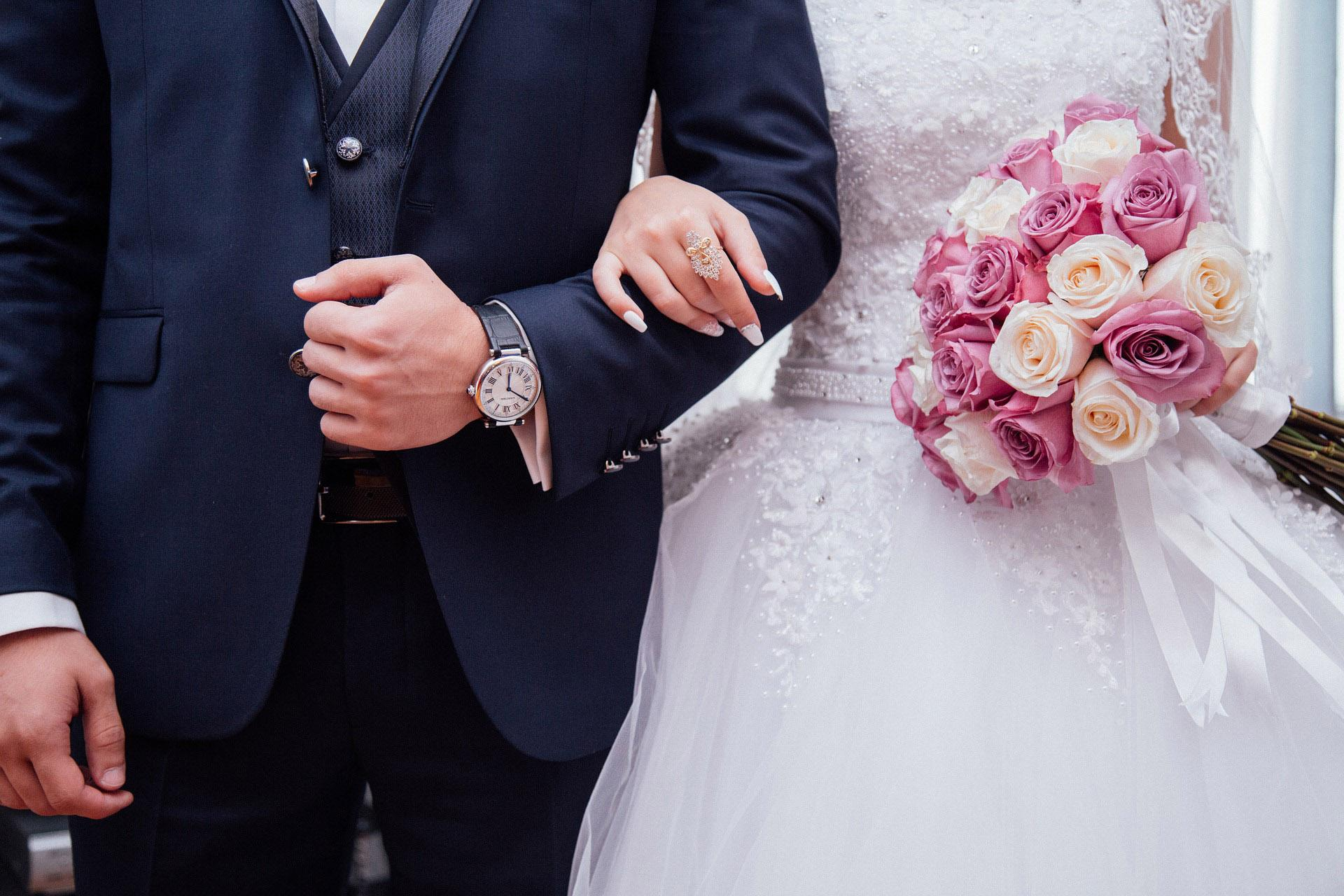 Going to a Wedding or Planning One in 2020? Here's What You Can Expect | Chicago News | WTTW