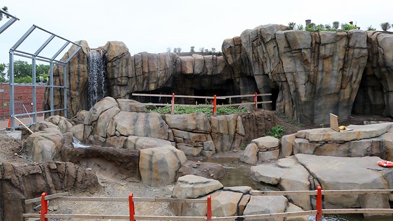 The Lincoln Park Zoo's new polar bear exhibit, which is still under construction, includes a quarter-acre of outdoor and indoor space. (Evan Garcia)