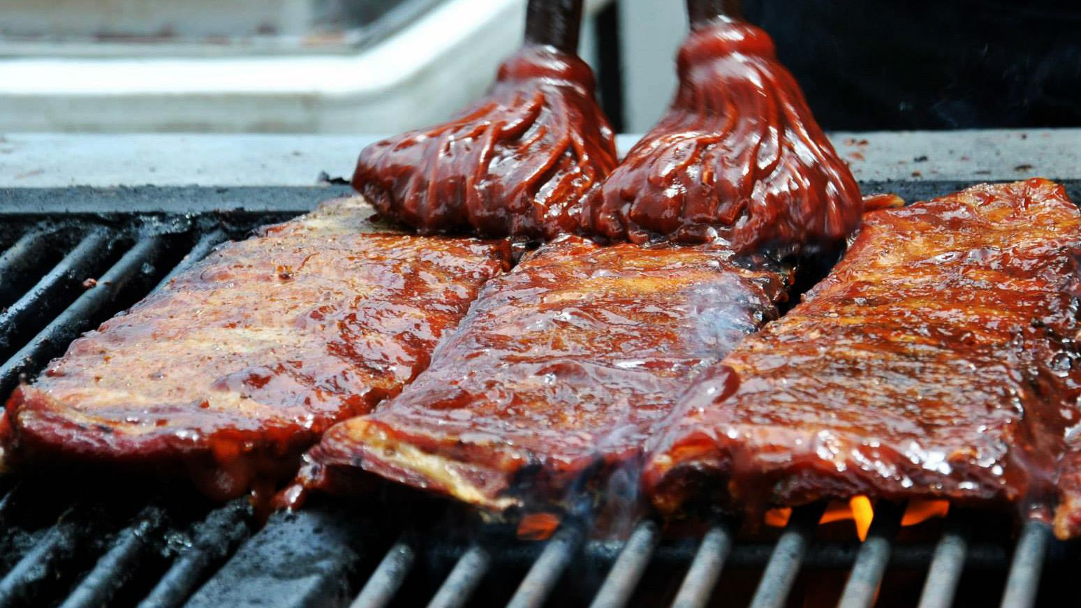 Dozens of local and national rib vendors make their way to Chicago this weekend. (Naperville Ribfest / Facebook)