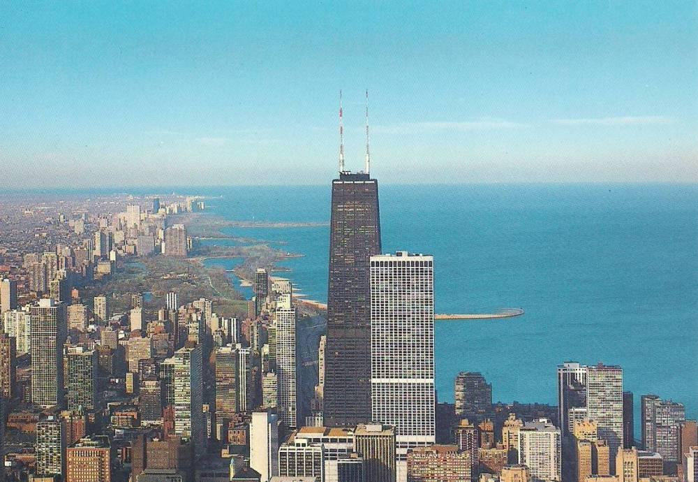 Ask Geoffrey: What's Up With These Mismatched Tower Toppers