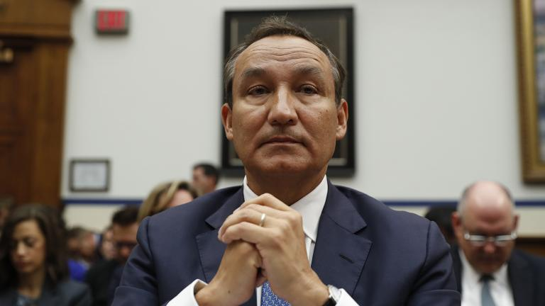 In this May 2, 2017 file photo, United Airlines CEO Oscar Munoz prepares to testify on Capitol Hill in Washington, before a House Transportation Committee oversight hearing. (Pablo Martinez Monsivais / AP File Photo)