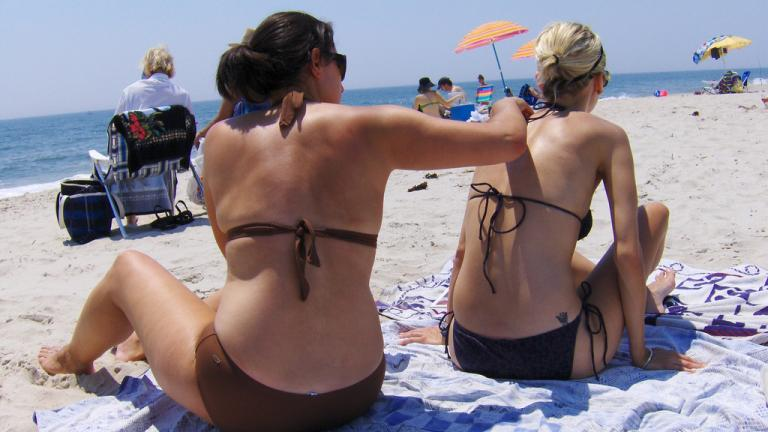 A recent study by Northwestern Medicine revealed 40 percent of the top sunscreen products on Amazon did not meet the American Academy of Dermatology's recommended guidelines. (Joe Shlabotnik / Flickr)