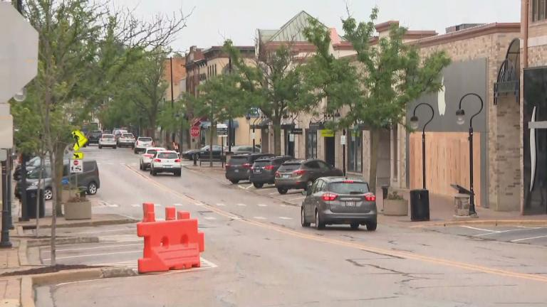 A scene from downtown Aurora on Monday, June 1, 2020. (WTTW News)
