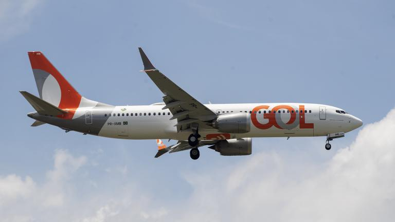 A Gol Airlines Boeing 737 Max plane approaches to land at the international airport in Guarulhos, near Sao Paulo, Brazil, Wednesday, Dec. 9, 2020. (AP Photo / Andre Penner)