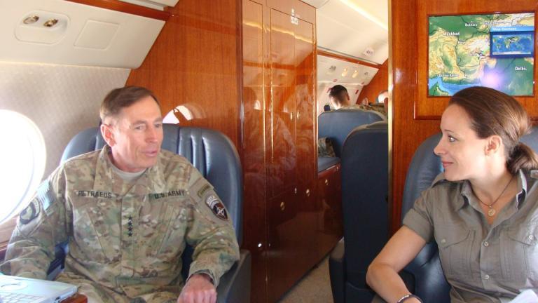 Paula Broadwell and General Petraeus. Image credit: CSM Marvin L. Hill
