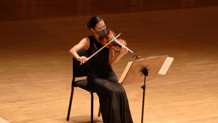 Associate Concertmaster Stephanie Jeong. (Credit: Todd Rosenberg Photography)