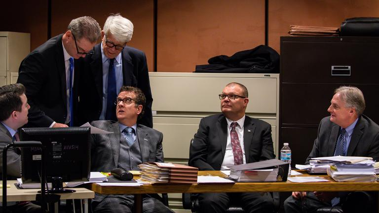 Defense attorneys confer before prosecution rested during the trial of Chicago police Officer Thomas Gaffney, former Detective David March and ex-Officer Joseph Walsh on Tuesday, Dec. 4, 2018. (Zbigniew Bzdak / Chicago Tribune / Pool)