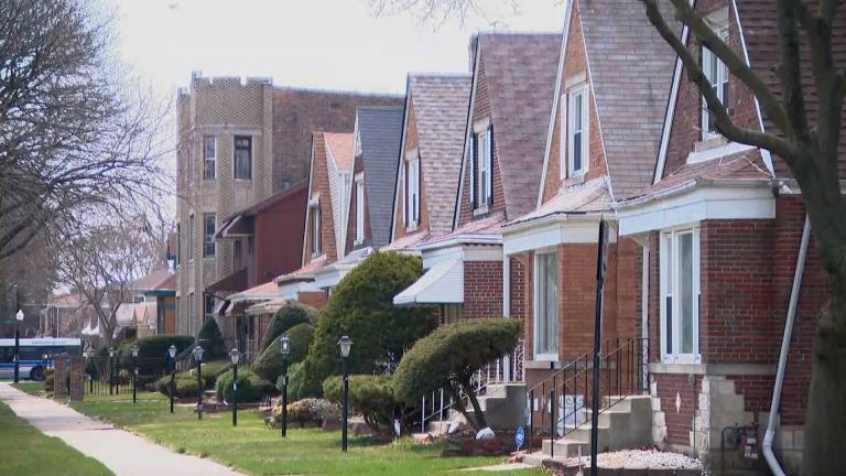 A row of homes in Chicago's Chatham neighborhood on Monday, April 6, 2020. (WTTW News)