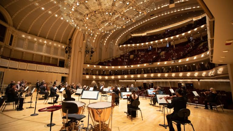 Musicians of the Chicago Symphony Orchestra onstage in Orchestra Hall, June 10, 2021 (Credit Anne Ryan)