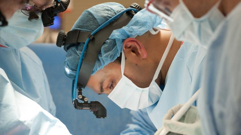 Dr. Ankit Bharat chief of thoracic surgery and surgical director of the Northwestern Medicine Lung Transplant Program. (©Copyright 2020, Northwestern Medicine)
