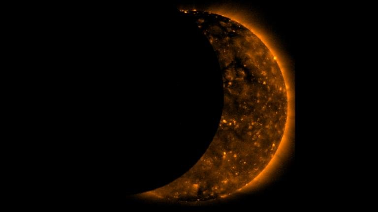 A total solar eclipse, which is when the Moon completely covers the Sun, will occur across 14 states in the continental U.S. on Aug 21, 2017. (Credit: NASA)