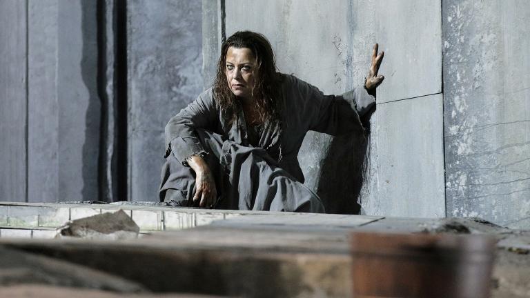 "Nina Stemme in Lyric Opera's production of ""Elektra."" (Credit: Cory Weaver)"