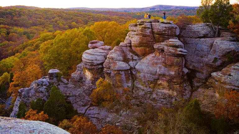 Peak fall foliage is expected during the last week of October at the Garden of the Gods, located in the Shawnee National Forest in Herod, Illinois. (Courtesy of the Illinois Office of Tourism)