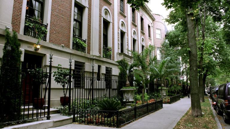 Astor Street in Chicago's Gold Coast neighborhood. (leyla.a / Flickr)