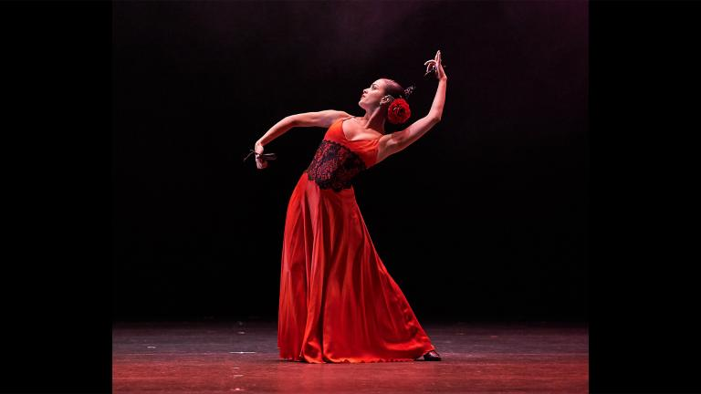 """""""Horizonte,"""" choreographed and performed by Monica Saucedo. (Credit Dean Paul)"""