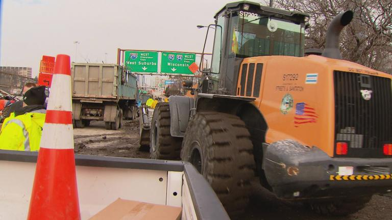 Construction along the Jane Byrne Interchange (WTTW News)