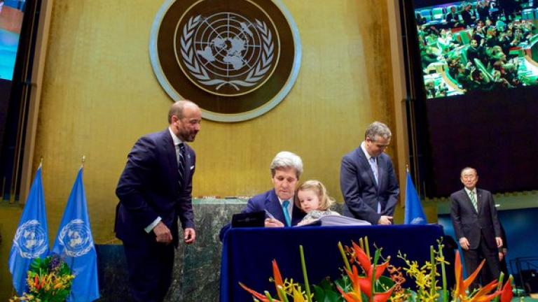 U.S. Secretary of State John Kerry signs the Paris Agreement on April 22. (@JohnKerry / Twitter)