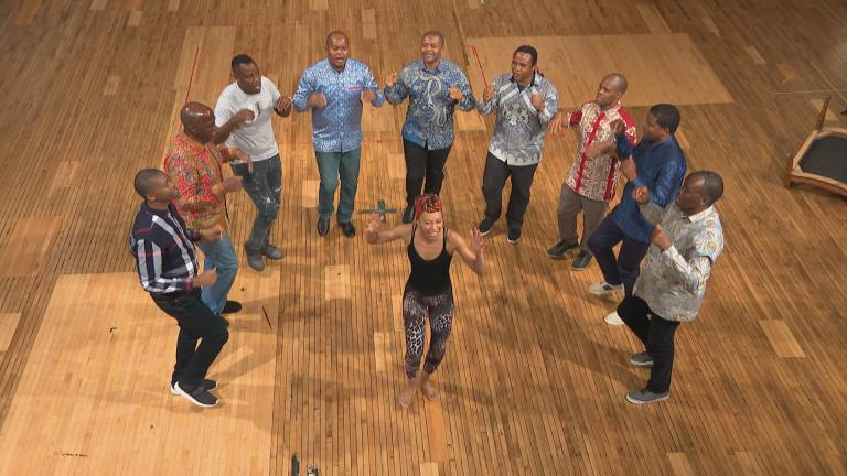 """A rehearsal for the Steppenwolf Theatre production of """"Lindiwe."""" (WTTW News)"""