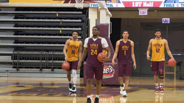 The Loyola Ramblers get ready for their Sweet 16 matchup in March 2018. (WTTW News)