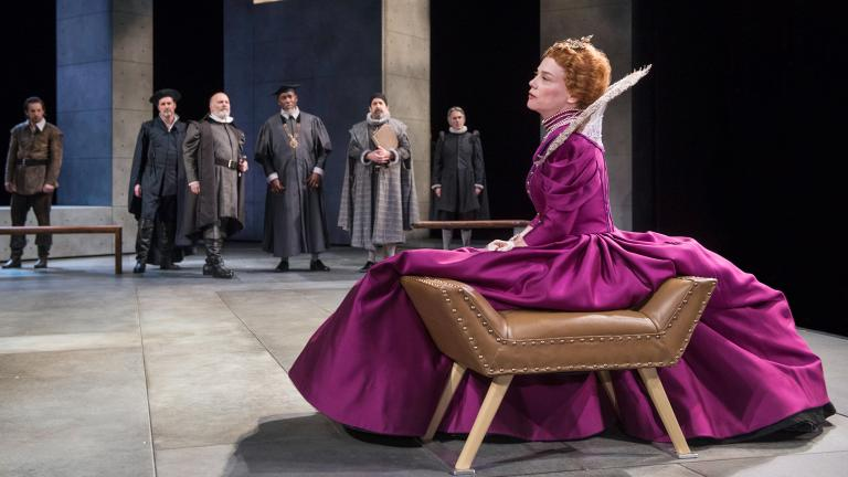 "Queen Elizabeth I (Kellie Overbey) contemplates her next move in Chicago Shakespeare Theater's production of ""Schiller's Mary Stuart."" (Credit: Michael Brosilow)"