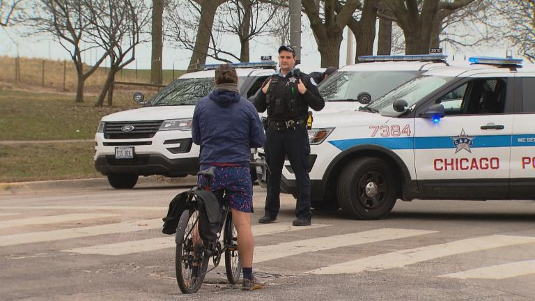 A scene along Chicago's lakefront on Thursday, March 26, 2020, the date Mayor Lori Lightfoot first closed the lakefront and other public spaces due to the coronavirus pandemic. (WTTW News)