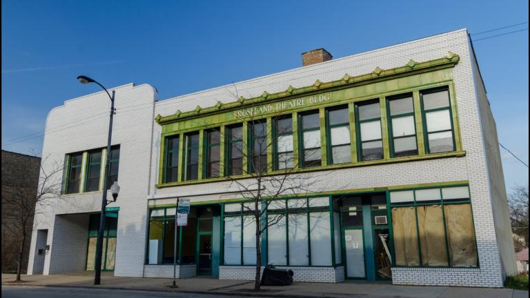 "The Roseland Michigan Avenue Commercial District is on Preservation Chicago's 2020 ""7 Most Endangered"" list. (Eric Allix Rogers / Preservation Chicago)"