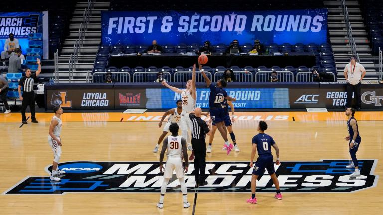 Georgia Tech tips off with Loyola Chicago at the start of a college basketball game in the first round of the NCAA tournament at Hinkle Fieldhouse, Indianapolis, Friday, March 19, 2021. (AP Photo / AJ Mast)