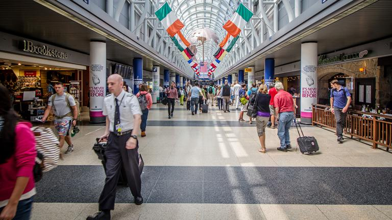 O'Hare Airport (N i c o l a / Flickr)