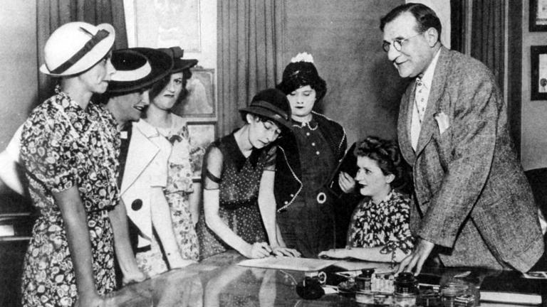 "The Ottawa ""Radium Girls"" with Attorney Leonard Grossman. (Chicago Daily Times, courtesy of Sun-Times Media)"