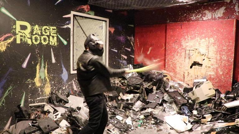 Visitors to the rage room on Chicago's Near North Side pay to smash things up. (Evan Garcia / WTTW News)