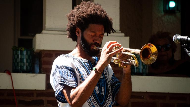 Sam Trump performs Saturday, Aug. 22, 2020 at Back Alley Jazz. (Grace Del Vecchio / WTTW News)
