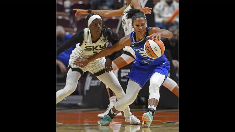 Connecticut Sun forward Alyssa Thomas, right, fends off Chicago Sky defender Kahleah Copper during a WNBA playoff basketball game Thursday, Sept. 30, 2021 at Mohegan Sun Arena in Uncasville, Conn. (Sean D. Elliot/The Day via AP)