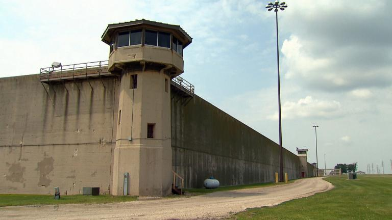 Incarcerated people in Illinois haven't had the ability to get onto parole since the '70s. But a bill in Springfield is working to bring it back. (WTTW News)