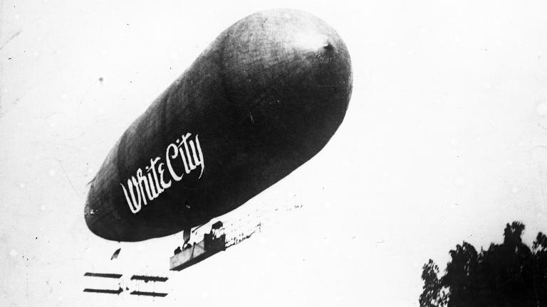 The White City airship. (Courtesy of the Chicago Tribune)