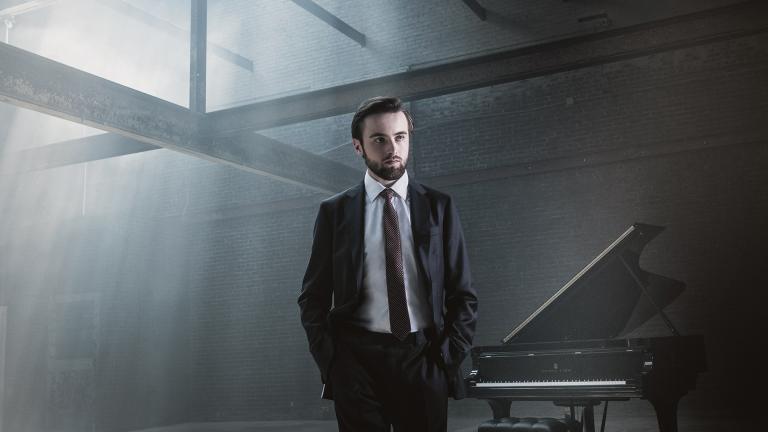 Pianist Daniil Trifonov (Credit: Dario Acosta)