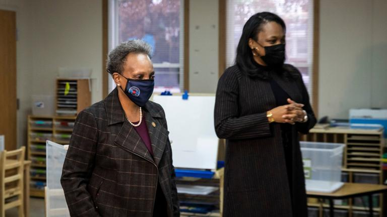 Mayor Lori Lightfoot, left, and Chicago Public Schools CEO Janice Jackson visit a preschool classroom at Dawes Elementary School at 3810 W. 81st Pl. on the Southwest Side, Monday morning, Jan. 11, 2021. (Ashlee Rezin Garcia / Chicago Sun-Times / Pool)