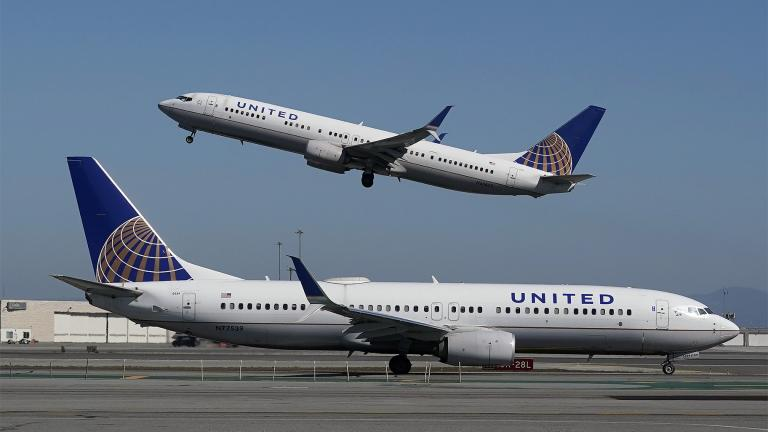 United said Tuesday, April 6, 2021, it is now taking applications for the academy in Arizona, including from people who have no flying experience. (AP Photo / Jeff Chiu, File)