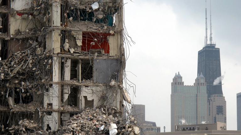 Demolition of Cabrini-Green homes (Joe M500 / Wikimedia Commons)