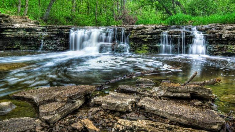 Waterfall Glen is one of the Chicago region's natural wonders. (Robert Martinez / Flickr)