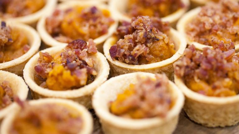 Sweet potato maple Cajun bacon tartlet from Zed451 at Baconfest 2014. (opacity / Flickr)