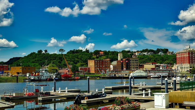 Dubuque, Iowa. (David Mark / Pixabay)