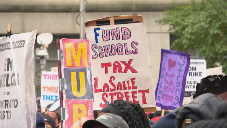 Thousands of Chicago Teachers Union members flooded the Loop on Wednesday for a rally on day five of their ongoing strike. (WTTW News)