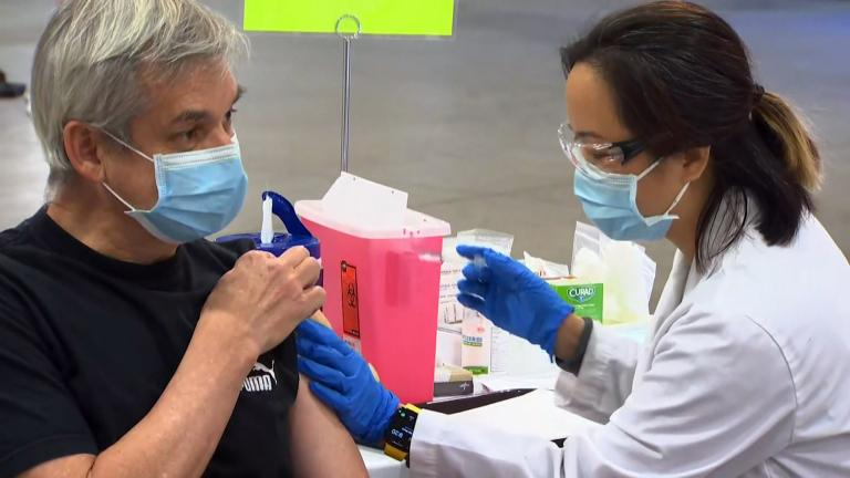 With the delta variant of the coronavirus raging across the country, President Joe Biden announced last week that his administration will require almost all federal employees to get vaccinated or face stringent testing protocols. (WTTW News)