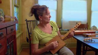 Cigar Box Guitar Enthusiasts Aren't Just Blowing Smoke