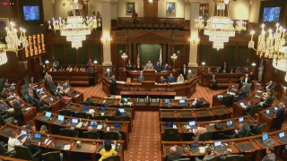 House Overrides Rauner's Vetoes to Pass a Budget